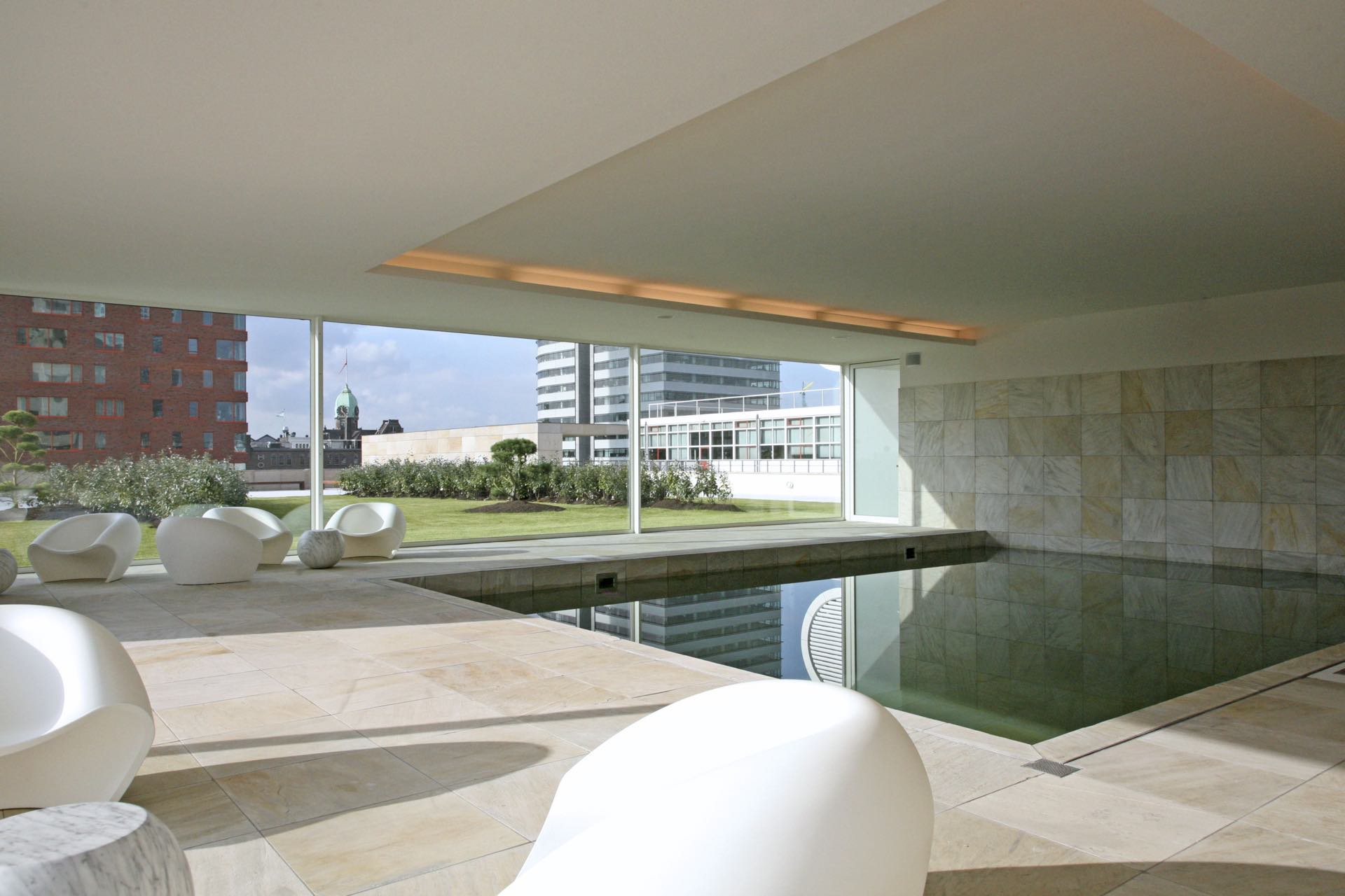 New-Orleans-Rotterdam-swimmingpool